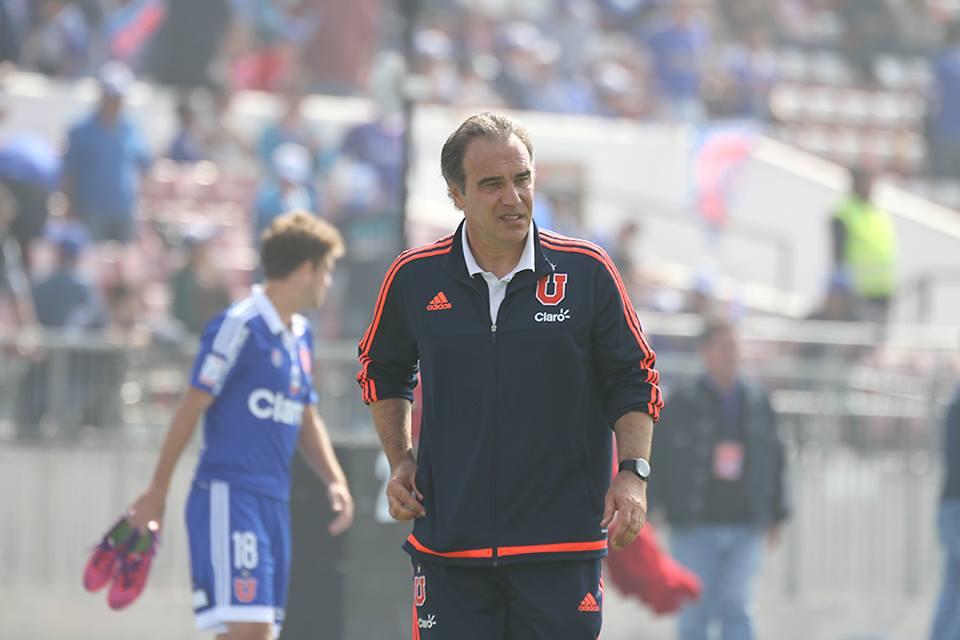 Martín Lasarte continuará siendo el técnico de la U por un año - Foto: Patricio González